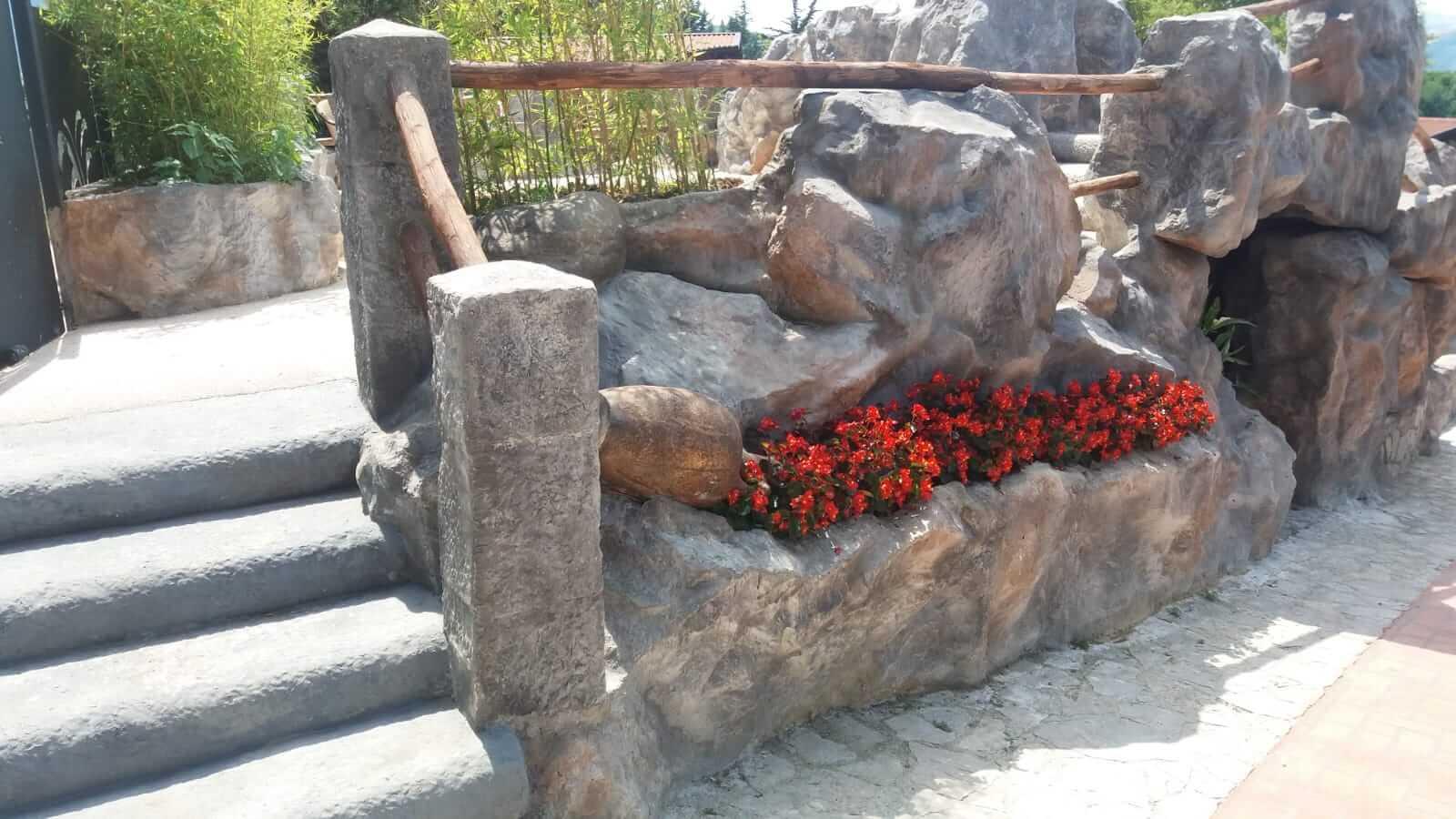 Arredi Urbani rocce